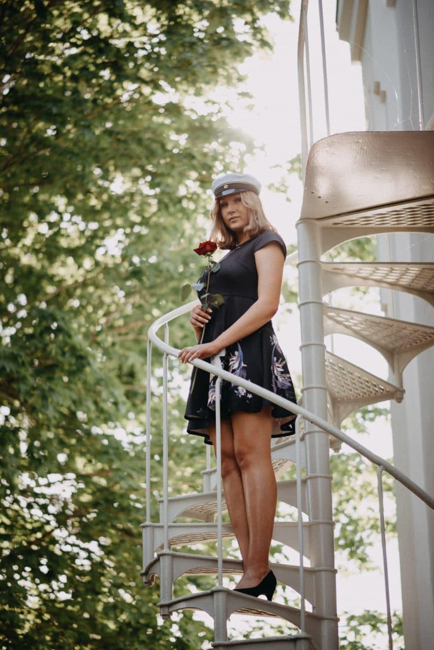 Yo-kuva tanssiopiston portailla lappeenrannassa